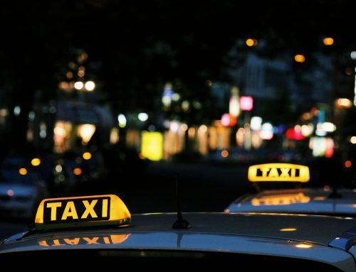 Comment assurer un taxi avec du malus
